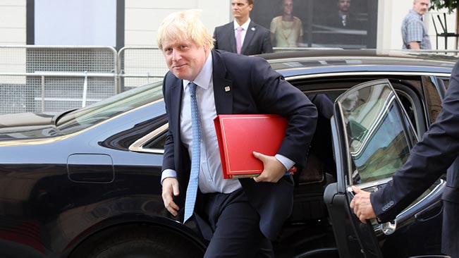 Boris Johnson leaving car